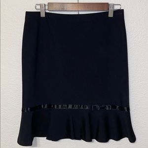 Express Skirt With Bow